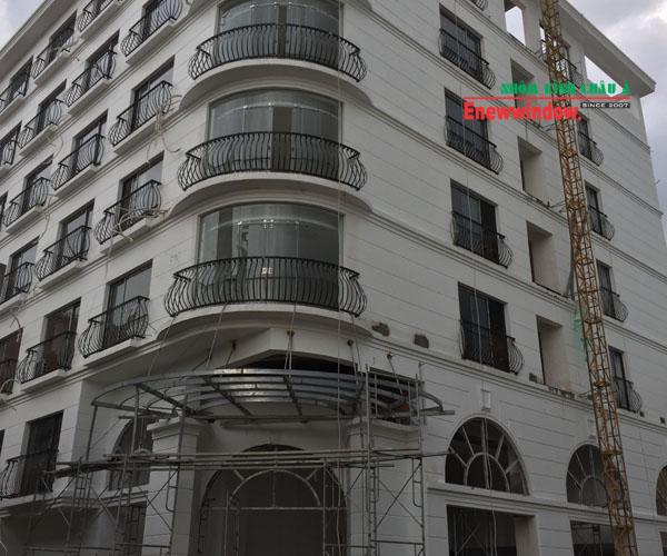 Chị Kim Yến – Toà nhà văn phòng , khách sạn – 77 Trần Bình Trọng, Q.Gò Vấp